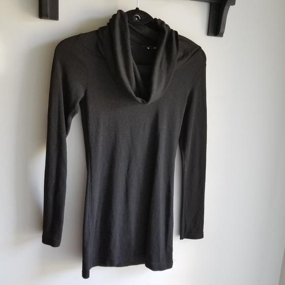 🧥 BLACK COWL NECK TOP